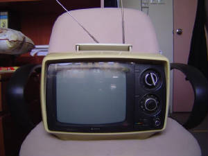 early_portable_tv.jpg